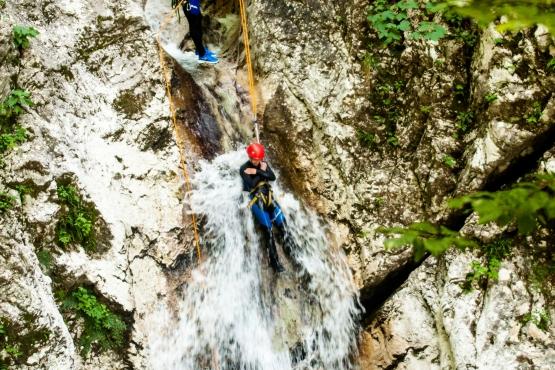 canyoning soca valley